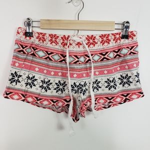 Forever 21 flannel boxer short red snowflake print